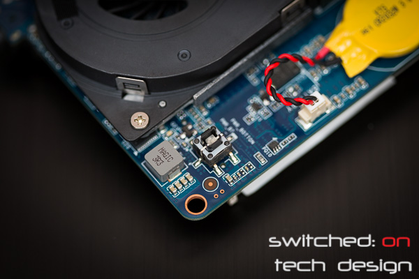 gigabyte-brix-haswell-i5-4200-small-form-factor-power-button