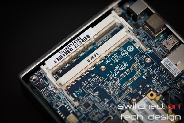 gigabyte-brix-haswell-i5-4200-small-form-factor-sodimm-ram-slots